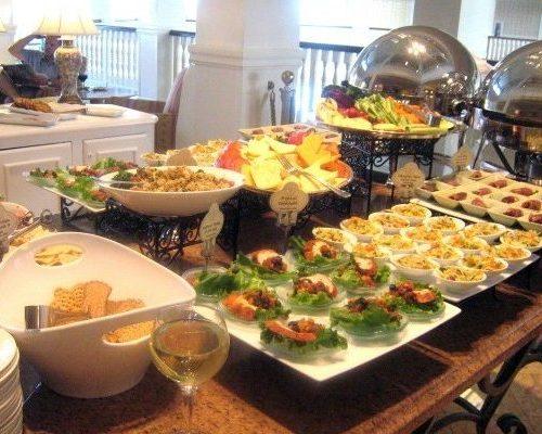 GF Royal Palms Club Food Presentation